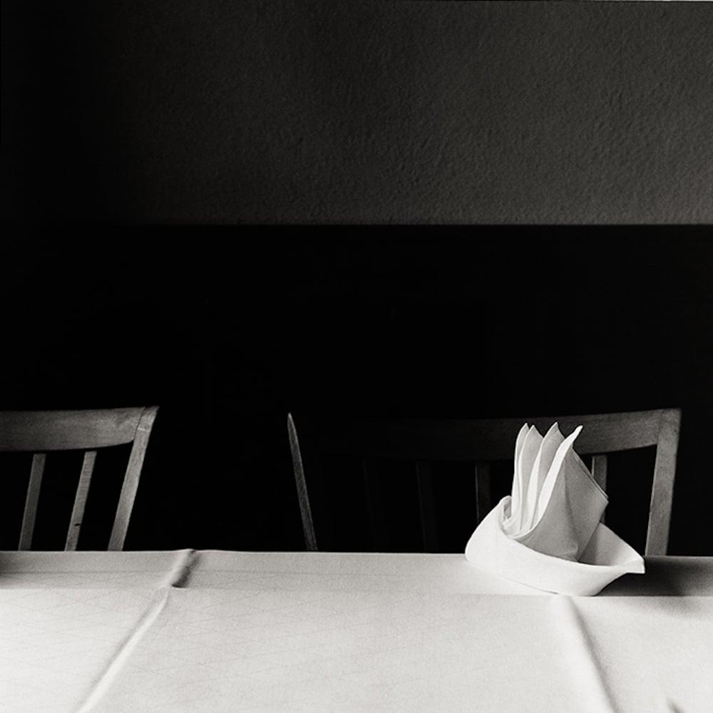 Restaurant du Lac, Biel, Suiza, 1983, gelatina de plata, 45 x 45 cm