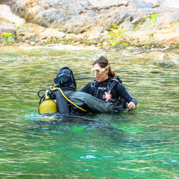 Down&Up Cerdanya. Cursos de buceo, excursiones y bautizos de submarinismo